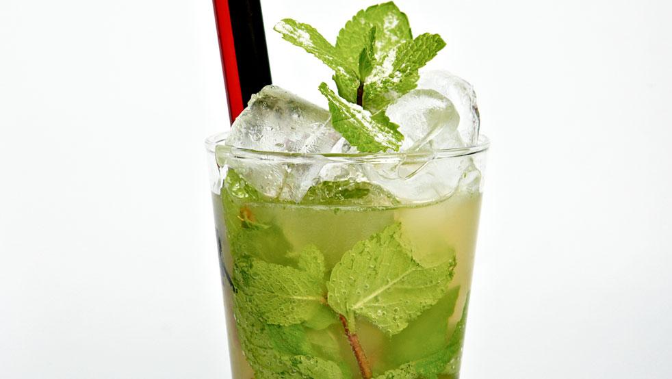 Kde oslavit narozeniny? Ochutnejte stovky koktejlů v kubánském stylu